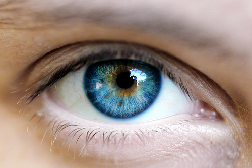 From Brown Eyes to Blue… the newest technology