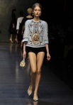 dolce-and-gabbana-fw-2014-women-fashion-show-runway-40