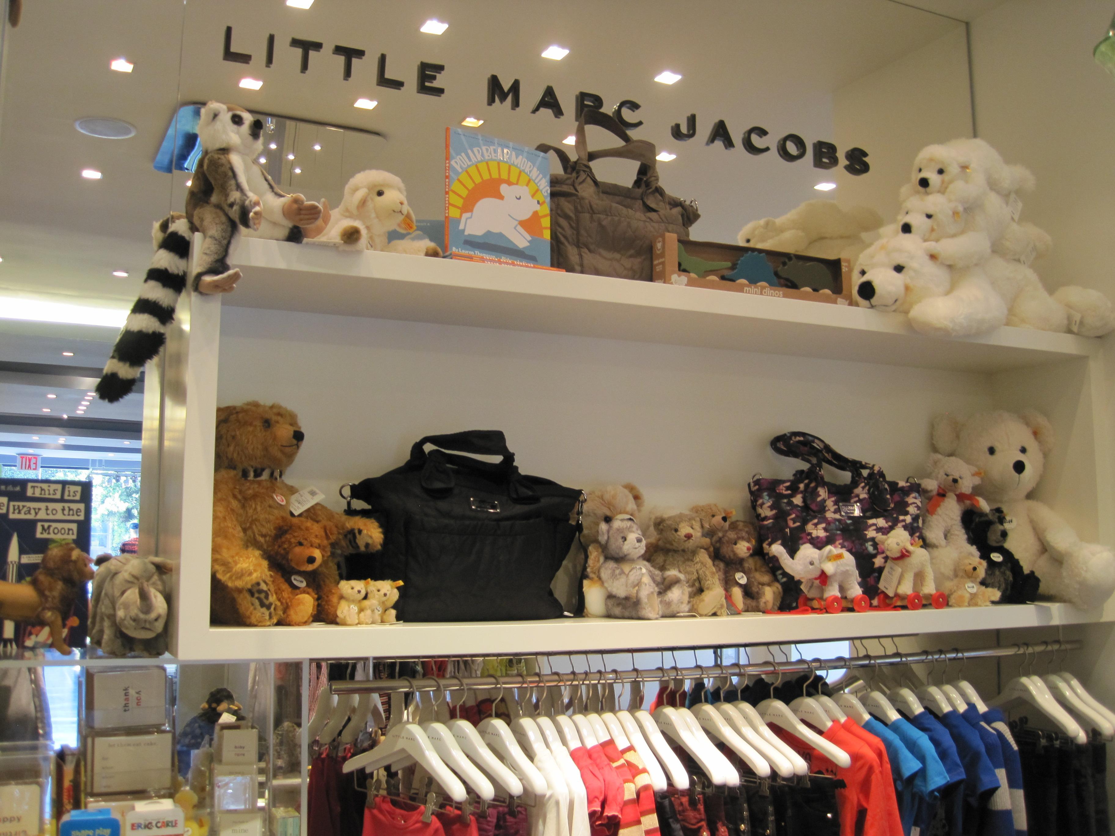 huge discount a1eed c2450 Little Marc Jacobs opens in Los Angeles @marcjacobsintl