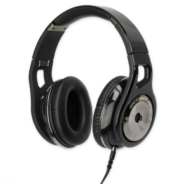 Scosche_headphones_02