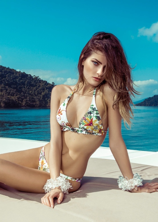 711x1000xisabeli-fontana-morena-rosa2.jpg.pagespeed.ic.CWQWSDtet7