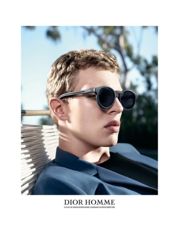 700x913xdior-homme-spring-summer-2014-willy-vanderperre-photos-0001.jpg.pagespeed.ic.UvGWuuqvoB
