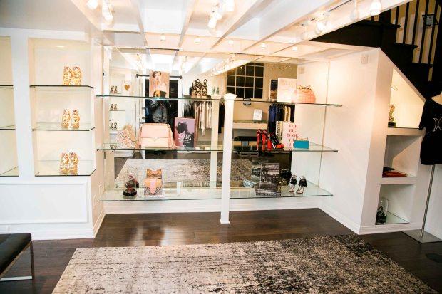 Elodie K. Store