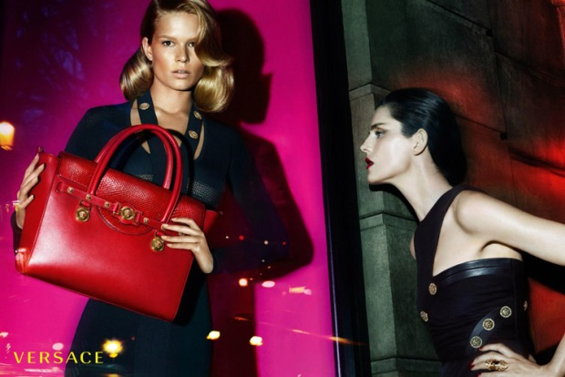 Versace-Fall-Winter-2014-Mert-Marcus-03
