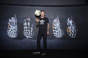 David-Beckham-Adidas-001-800x534